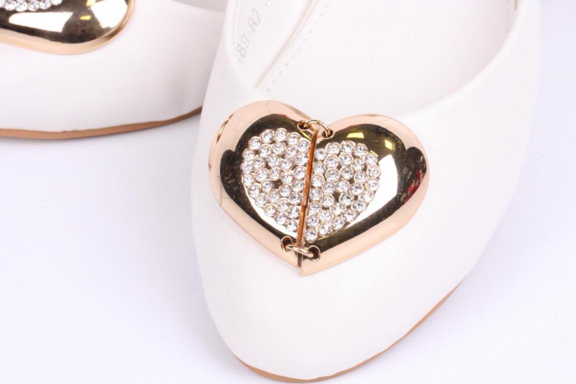 Туфли на высоком каблуке для девочек