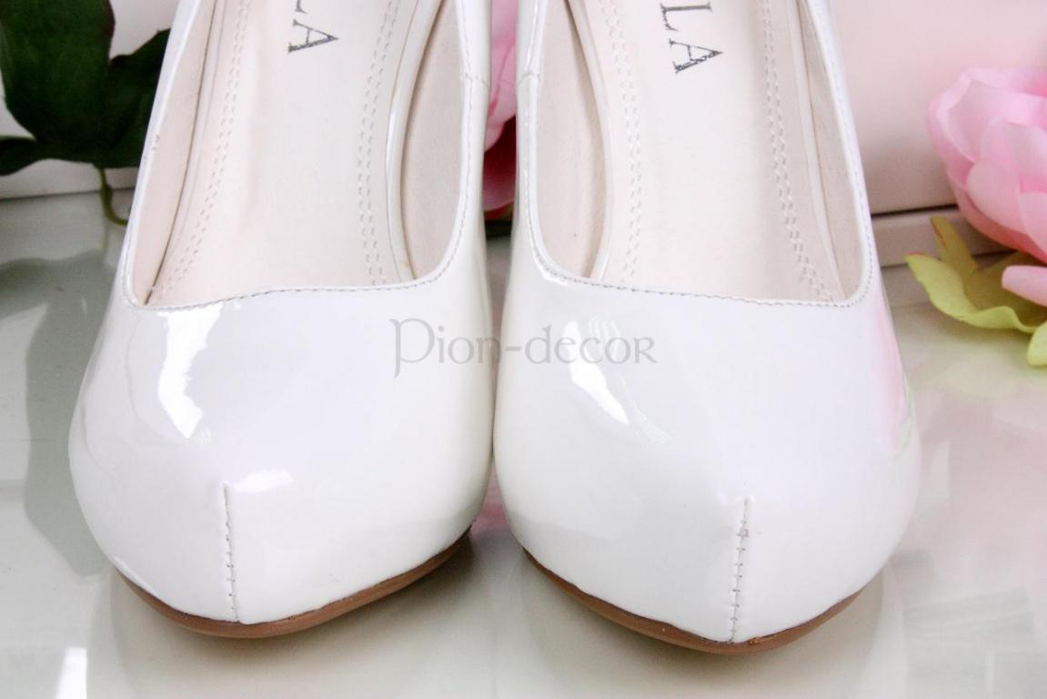 Туфли белые - Москва