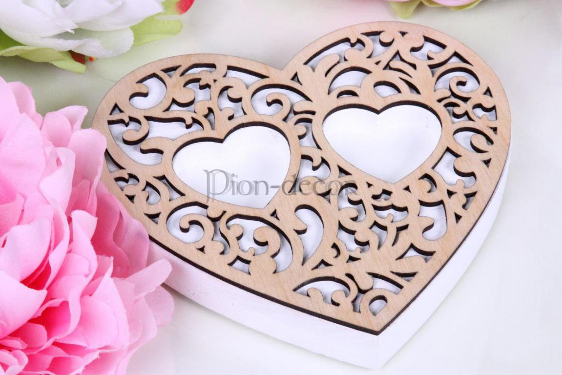 шкатулка для свадебных колец с деревянным резным узором