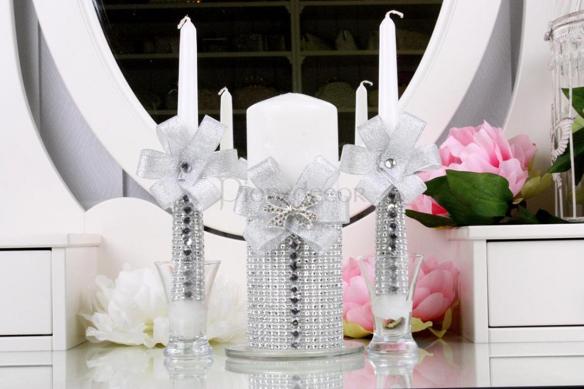 Свадебный набор украшенный бисером и стразами