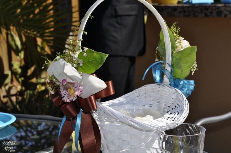 Варианты оформления свадебной корзины