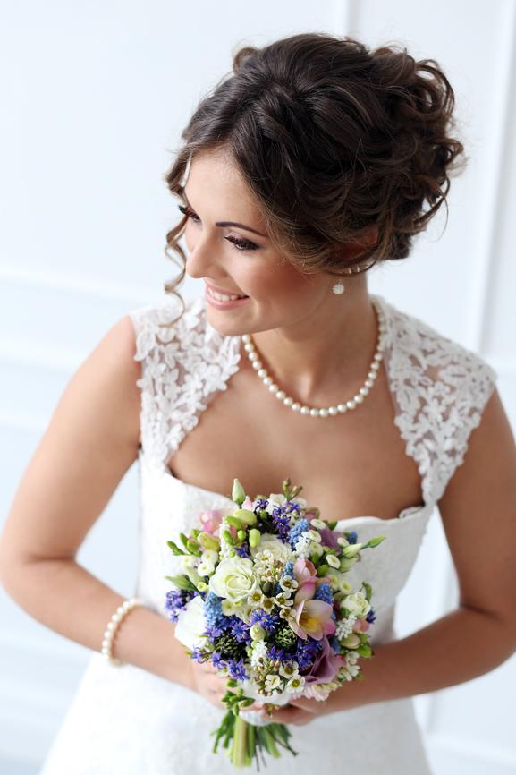 Свадебные аксессуары из жемчуга