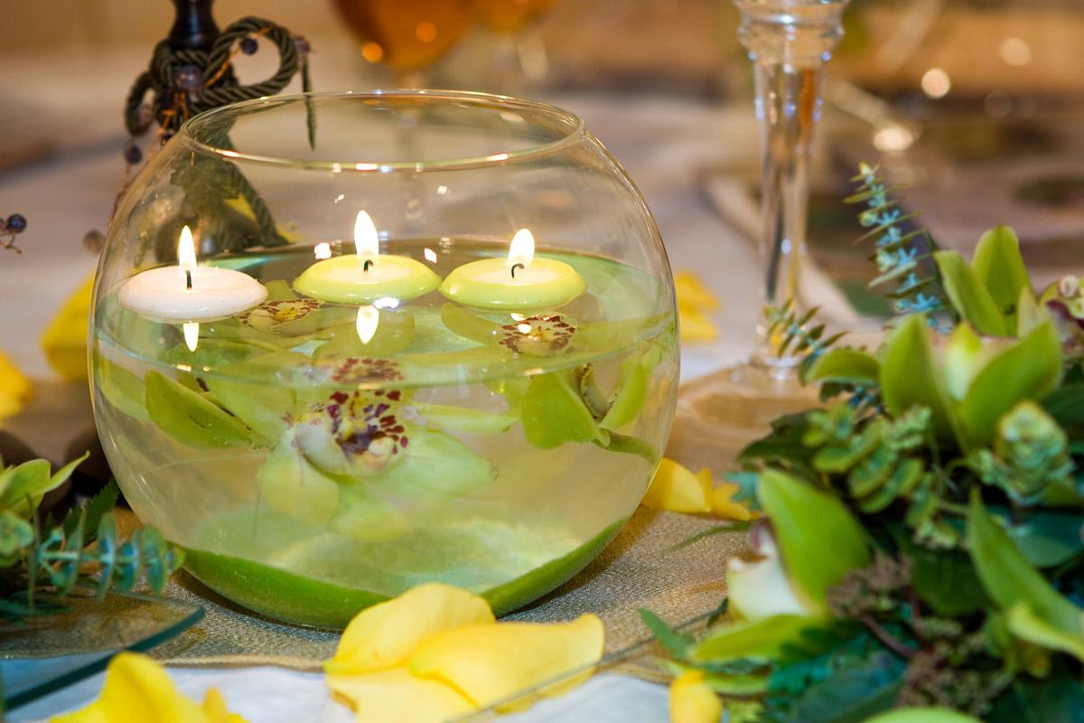 Оригинальное оформление свадебных свечей своими руками