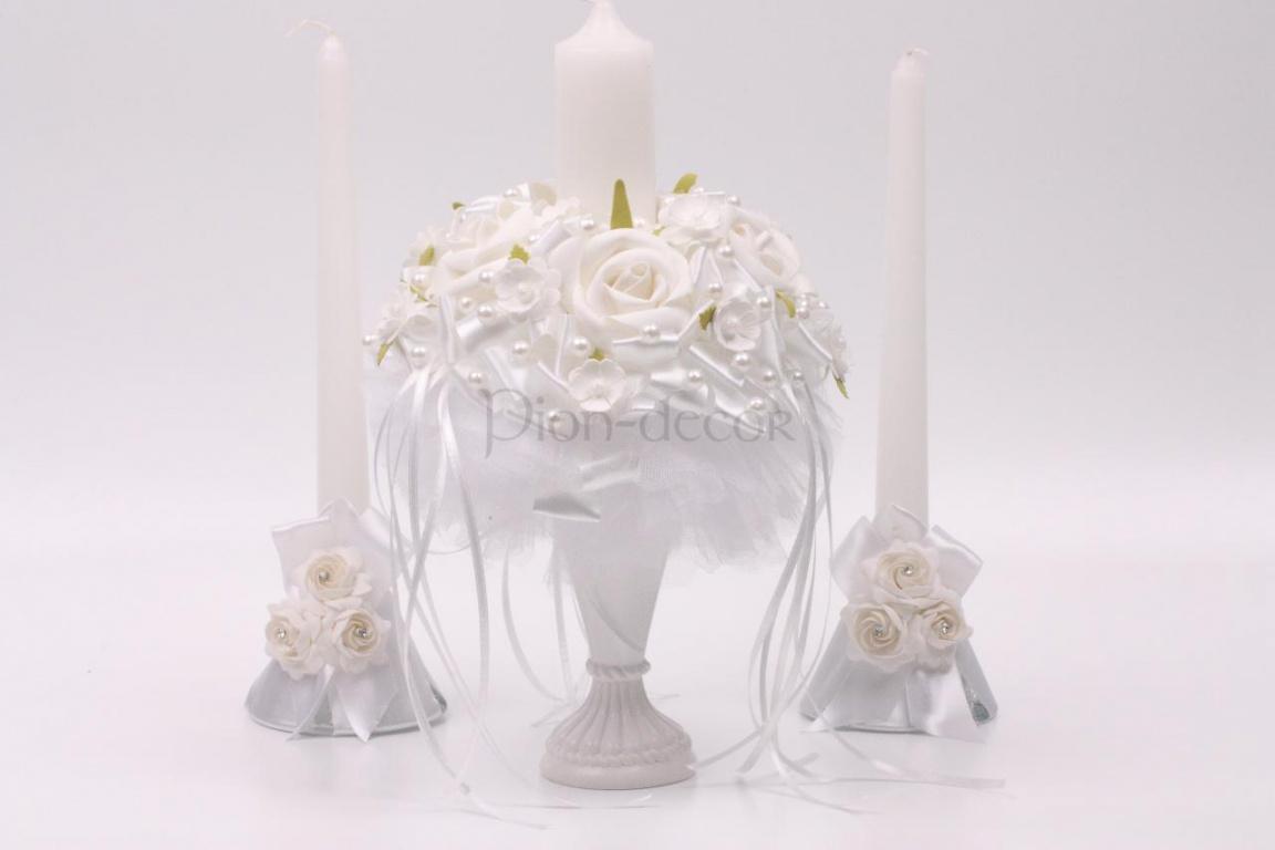 Украшение свадебных свечей цветами и лентами