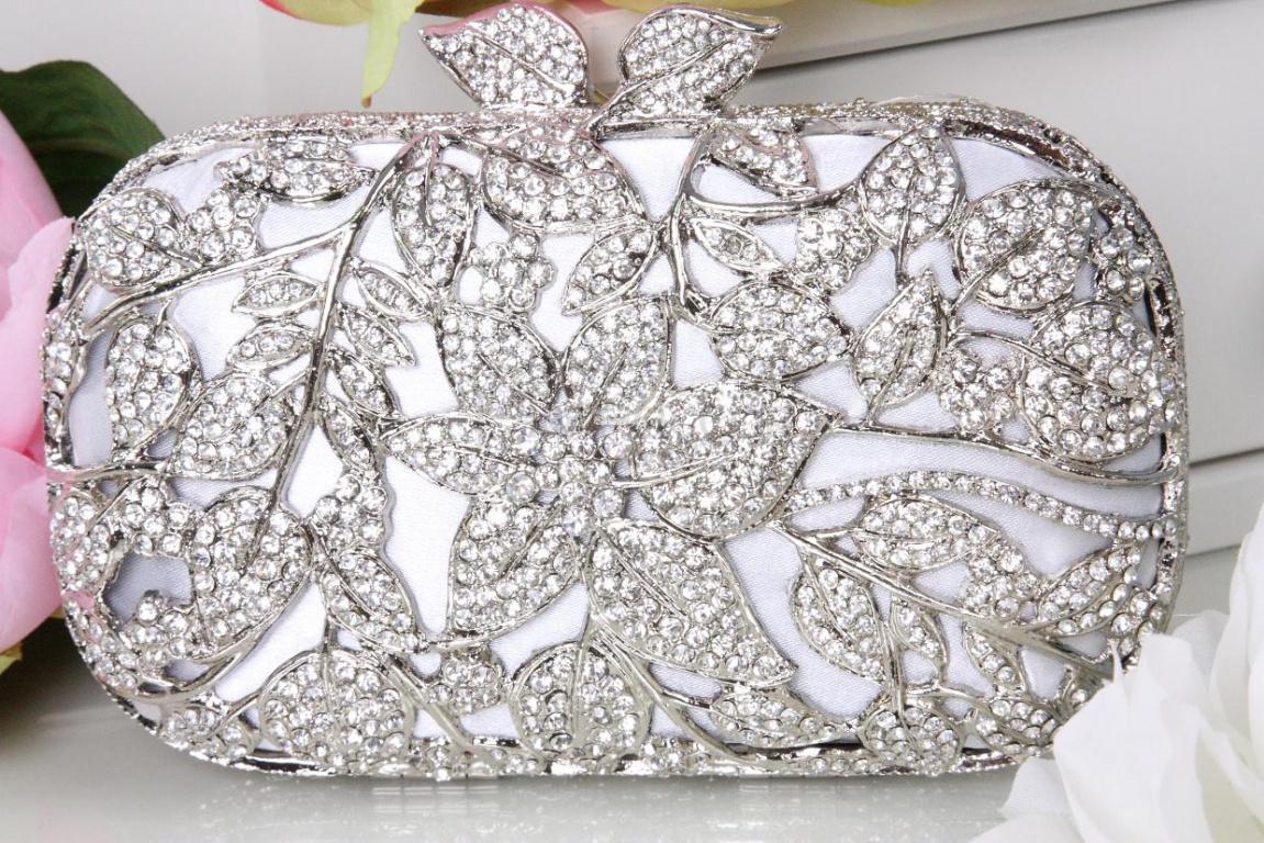 Свадебный ридикюль с цветочными узорами и кристаллами