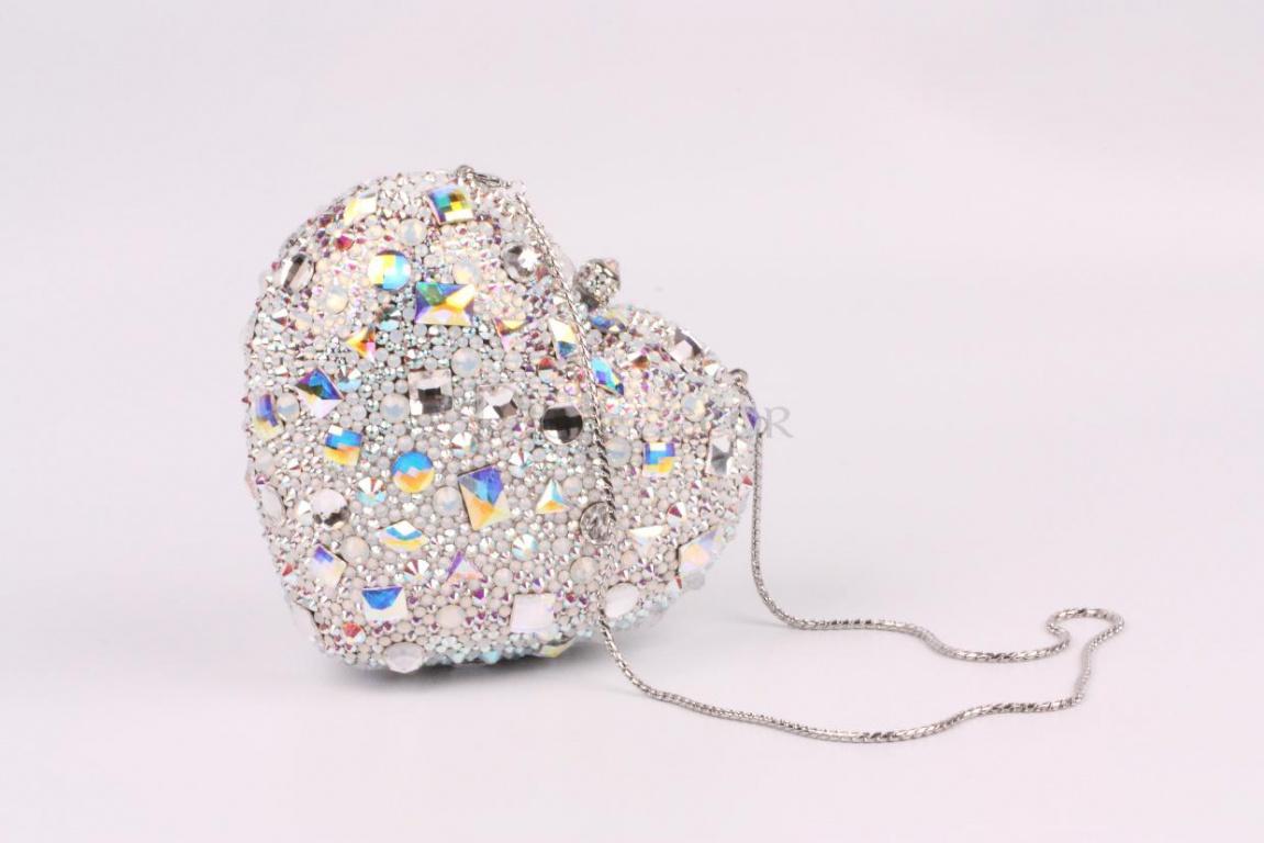 Экслюзивная свадебная сумочка с кристаллами Swarovski
