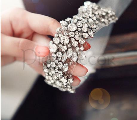 Повязка-ободок, украшение на голову для невесты