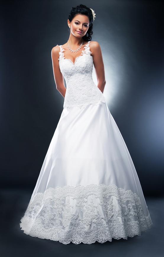 Украшения для невесты, свадебные мелочи - салон
