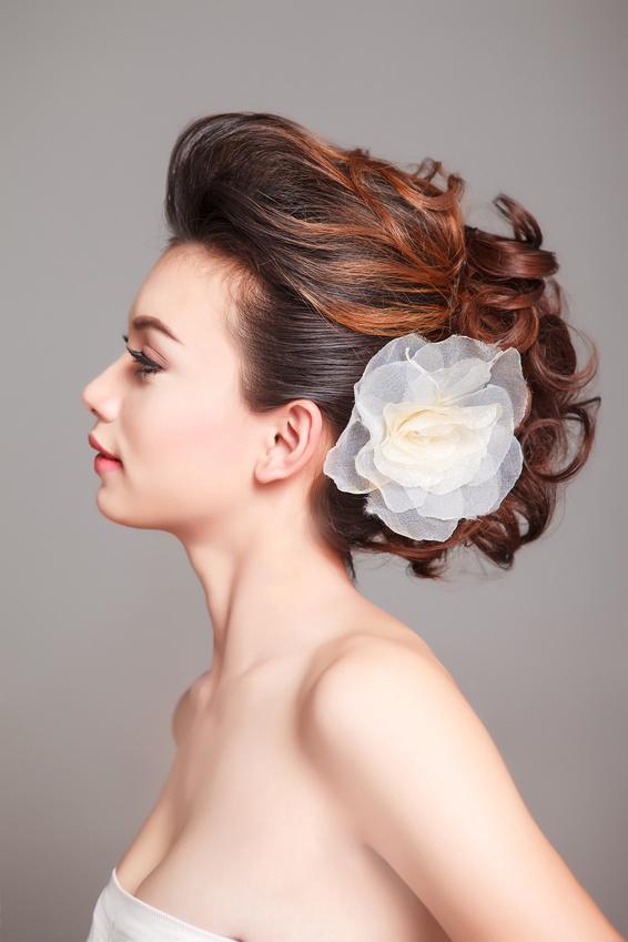 Свадебные украшения для волос невесты - цветок