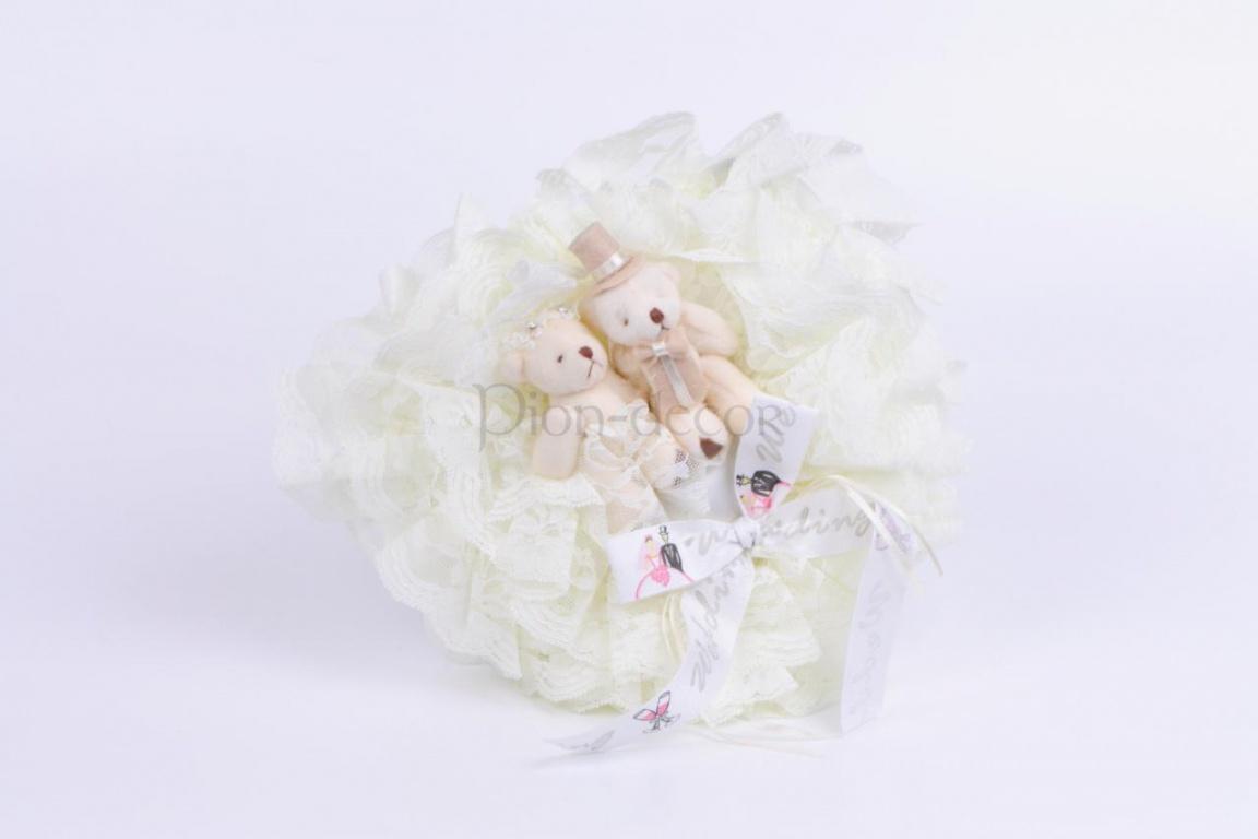 Подушка-игрушка для обручальных колец